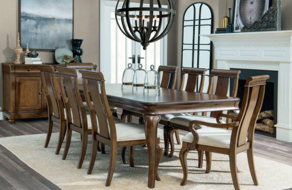 Picture of Coventry Leg Dining Table